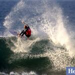 RT @heraldsunphoto: Mens Round 5 @kellyslater in action #RipCurlPro #BellsBeach #makeitring @heraldsunsport @stephen_harman http://t.co/GvYjgPp1tL
