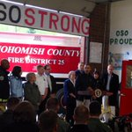 Thank you to President Obama for coming to see this inspirational community. #OsoStrong #530slide http://t.co/qFrBX3qNwz