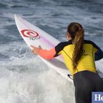 #RipCurlPro Womens FINAL @taylergwright paddles out #makeitring @heraldsunsport @stephen_harman http://t.co/Gwe94NAwn2