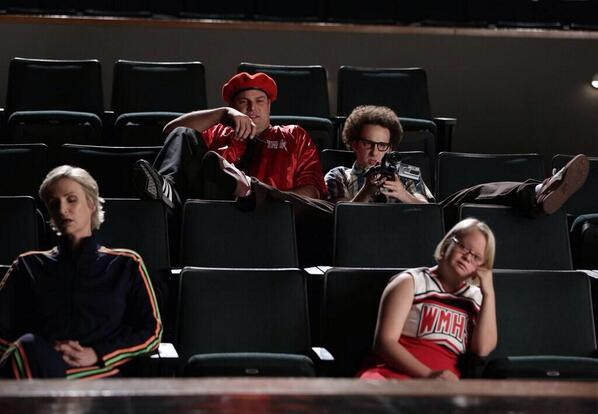 It was really nice to be back on @GLEEonFOX tonight. Being Jacob Ben Israel is very fun. Excited to watch it at 8:00 http://t.co/AWgH0mp0HQ
