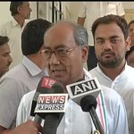 "Lol #AAPCON factor ""@ANI_news: My best wishes to Kejriwal, but he is dividing anti-Modi vote-Digvijaya Singh http://t.co/fM9LWyTFhb"""