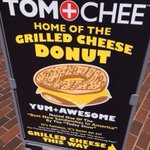 RT @AlanGreenblatt: You know youre in the Midwest when you see a grilled cheese donut on offer @tomandchee #Cincinnati http://t.co/stZB97JwBK