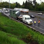 Breaking: ODOT about to close I-5 N at Capitol to get truck off hwy. Load too tall to get under bridge #LiveOnK2 http://t.co/VnUuGDKKc6