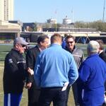 Pretty cool scene seeing Calipari, Mark Stoops & his brothers Bob & Mike Stoops all talking at #UK fball practice. http://t.co/knHVFNRczY