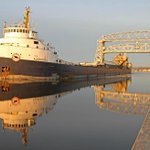 One more view of Algosteel leaving #Duluth in calm conditions at dawn today http://t.co/unJV38Ymx7