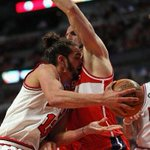 Marcin Gortat did not make last night very fun for Joakim Noah... http://t.co/1x4XHEFfHL