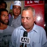 RT @mediacrooks: Damn! @AttorneyBharti is so badly beaten you cant even recognise him.. Hes grown a beard & standing by his spokie.. http://t.co/HTWbIiRGju