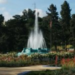 Mulholland Memorial fountain going at full blast. #mydayinla #LosAngeles #losfeliz #griffithpark @TheLAScene http://t.co/DyyAQfsgyl