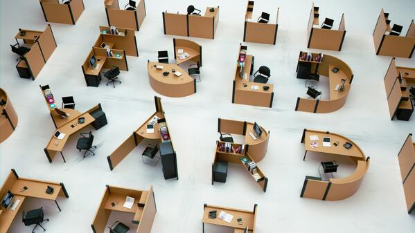 A French designer creates a font based on the office cubicle: http://t.co/rwdjnK2Qdi http://t.co/pQKVjHl4G9