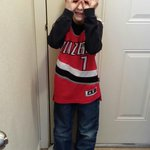 My 8 yr old showing #blazers pride at school. With 3 goggles. #RIPCITYPIX http://t.co/PVPOdKfwJP