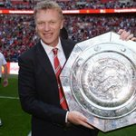 David Moyes: 9 months, 1 trophy. Arsene Wenger: 9 years, 0 trophies. http://t.co/Dl0uyFpU8J