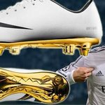 RT @FutballTweets: Cristiano Ronaldo will be wearing his golden Ballon d'Or boots tonight. http://t.co/NcZvrBQxNO