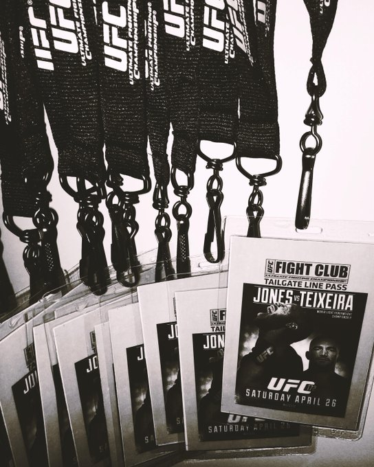 Going to the #UFC172 Tailgate Party? We're raffling off a few Tailgate Line Passes @ our FC Party so don't skip out! http://t.co/zZK6jPVTIC