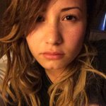RT @ddlovato: I woke up like dis.......... at 4 pm.  http://t.co/SVVZ4IZioT