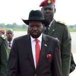 #BREAKING: Salva #Kiir sacks army chief after rebels seize #SouthSudan oil hub http://t.co/WZQDSaGPma http://t.co/of85zkv5ZO