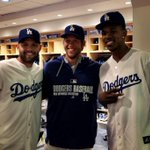RT @Dodgers: Nick Young and Jordan Farmar get a tour of the clubhouse: http://t.co/xgpMbr0Wat