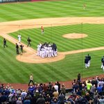 And the @Mariners win it 5-3 with a walk off home run by Kyle Seager! 8 game losing streak broken! #Q13FOX http://t.co/jLlEo8Q1Jo
