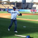 Laker Bruin and Taft High Alum Jordan Farmar throwing out first pitch @Dodgers -p http://t.co/dwAmXvpuZv