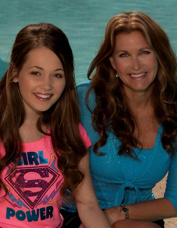 One of the best parts of my job as Publisher of @BYOUmagazine is meeting amazing girls like @KelliBerglund #BYOUchat http://t.co/OgdImWCXL1