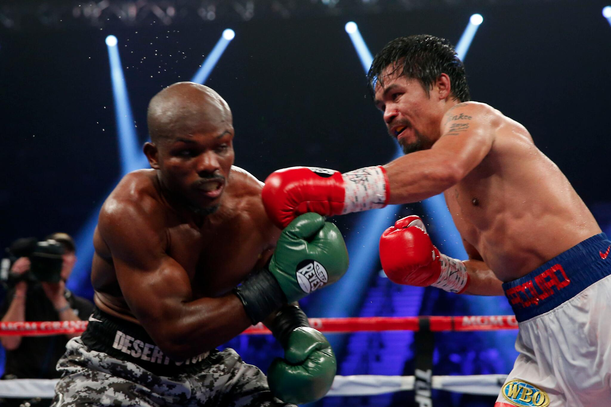 Via @HBOboxing: MannyPacquiao reclaims the welterweight title and improves to 56-5-2 in his career. http://t.co/jVGa1TJQ27