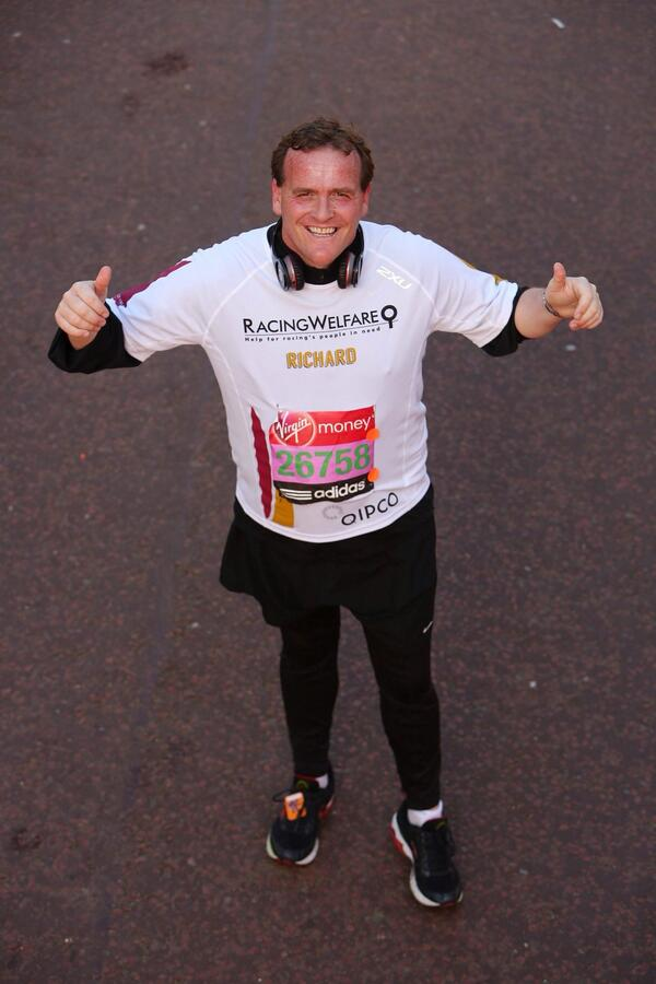 Who'd have thought it? Richard Hannon has just run a marathon in aid of @Racingwelfare #QatarRacing http://t.co/RN71E1iE0m