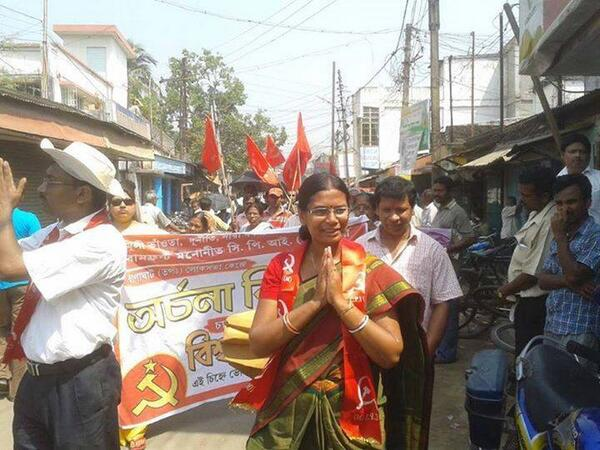 CPI-M's Archana Biswas runs in Ranaghat (West Bengal). A school teacher & All India Democratic Women's Assoc leader. http://t.co/zYeYrmRgkv