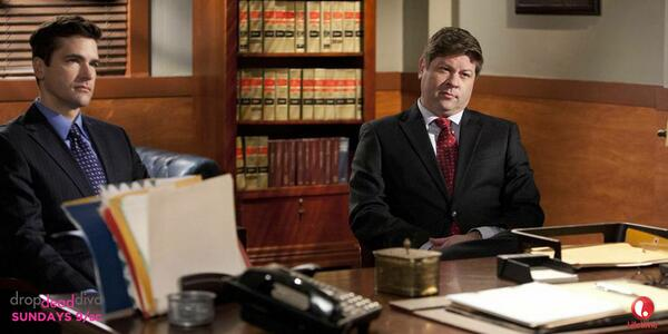 Never an easy decision on #DropDeadDiva! What would you do if you were Owen & Grayson? #DropDeadDiva http://t.co/eQkqTfLOUK