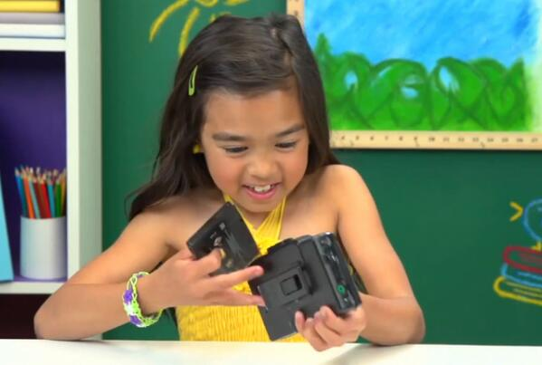 These Adorably Confused Kids Have No Idea What A Walkman Is http://t.co/i7vufL62lA #tech #video http://t.co/cgXu46xJl4