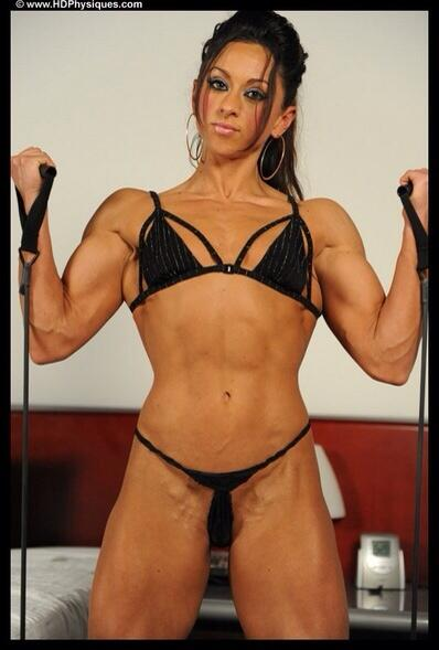 RT @Luv_Her_Body: #FitWomanLuvr #fitBODY #fitness #fitfam #sexy #legs #muscle #femalemuscle http://t.co/RAOTkUmYuA