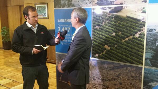 Esval (@esval_chile): Ahora Esval en @CNNChile conversando sobre la condonación de deudas a afectados tras incendio en Valparaíso http://t.co/j4Rq3D3bZ4