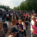 Night Market kicks off in Old City on May 15th! @thefoodtrust http://t.co/pkKJGlz706 #Philly http://t.co/ewfifsH8Wt