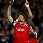 Olivier Giroud scored a beautiful goal, dedicated to the 96 who went to watch their team, but didnt come home: http://t.co/H4qWJepsQX