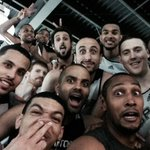 RT @HistoryOfNBA: Selfie de los San Antonio Spurs https://t.co/3dBkZmHwbW