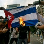 #16M The #VENEZUELA STUDENTS burn the #CUBA FLAG in #PROTEST for cuban invasion in Venezuela http://t.co/yJ7BodTl0Z @BBCBreaking @BBCWorld