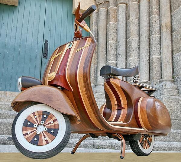 Wooden Vespa: http://t.co/ITxf1WjQjL http://t.co/splOt2codG