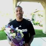 .@Isaiah_Thomas2 surprises 98-year-old fan with flowers at her home - http://t.co/hyJAFe0aK4 #ForeverPurple http://t.co/4Cd1if9SsU
