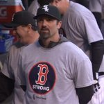 The @whitesox show support for Boston with #BostonStrong shirts: http://t.co/KTSdgqmJ9G http://t.co/YzOTgJPxie