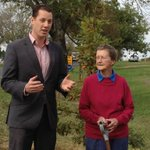 Ms Walker & #Ballarat Mayor Joshua Morris talk after tree is planted. Council to replant 285 trees for WW1 soldiers http://t.co/FWhK8Hmm6W