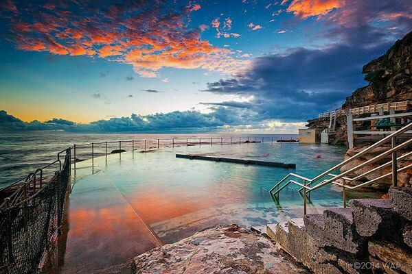 Cloud catcher. 'Twas a perfect start to the day at Bronte Baths. Photo by Warren Archer. http://t.co/Jp2GGu3LHQ