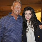 And now youre Royal. @lordemusic meets @Royals icon George Brett. http://t.co/7BPRW6VYJD