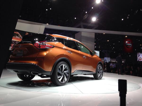 2015 @NissanUSA #murano looks pretty good from my rear perch #NYIAS http://t.co/0DgWY3QcWp