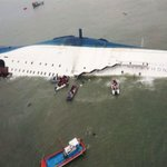 Photos: South Korean ferry carrying students capsizes, hundreds missing http://t.co/cRusbDBEQW http://t.co/jwcAO2bd7G