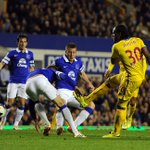 Match report: Evertons Champions League hopes hit by a 3-2 home defeat by Crystal Palace: http://t.co/tq11UqwQNT http://t.co/PNlbLpYUoT