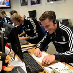 RT @BBCSporf: BRILLIANT: Fulham players spent the day ringing fans to thank them for renewing their season tickets. http://t.co/Dfa0Z6leEy