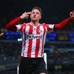 RT @premierleague: PHOTO Connor Wickham celebrates scoring for Sunderland at Man City #MCISUN http://t.co/heLnomCOHh