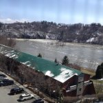 RT @WinooskiRiver: I am raging right now! #btv #vt #floodseason #winooskiriver #springthaw #winooski http://t.co/bYHSJq3iSD