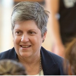 #fantastic! RT @UCBerkeley: NOW: UC Staff #Hangout with President Janet Napolitano http://t.co/4NUU4H3Gor http://t.co/TfLGRbukhD