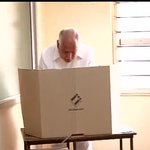 RT @India272: RT @ANI_news: Shimoga : BJP leader BS Yeddyurappa casts his vote http://t.co/x8u1U40x8V