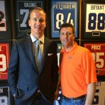 Great to have Peyton Manning stop by BPS. Always fun to talk ball with one of the best QBs to ever play the game. http://t.co/dmZ5pL51d9