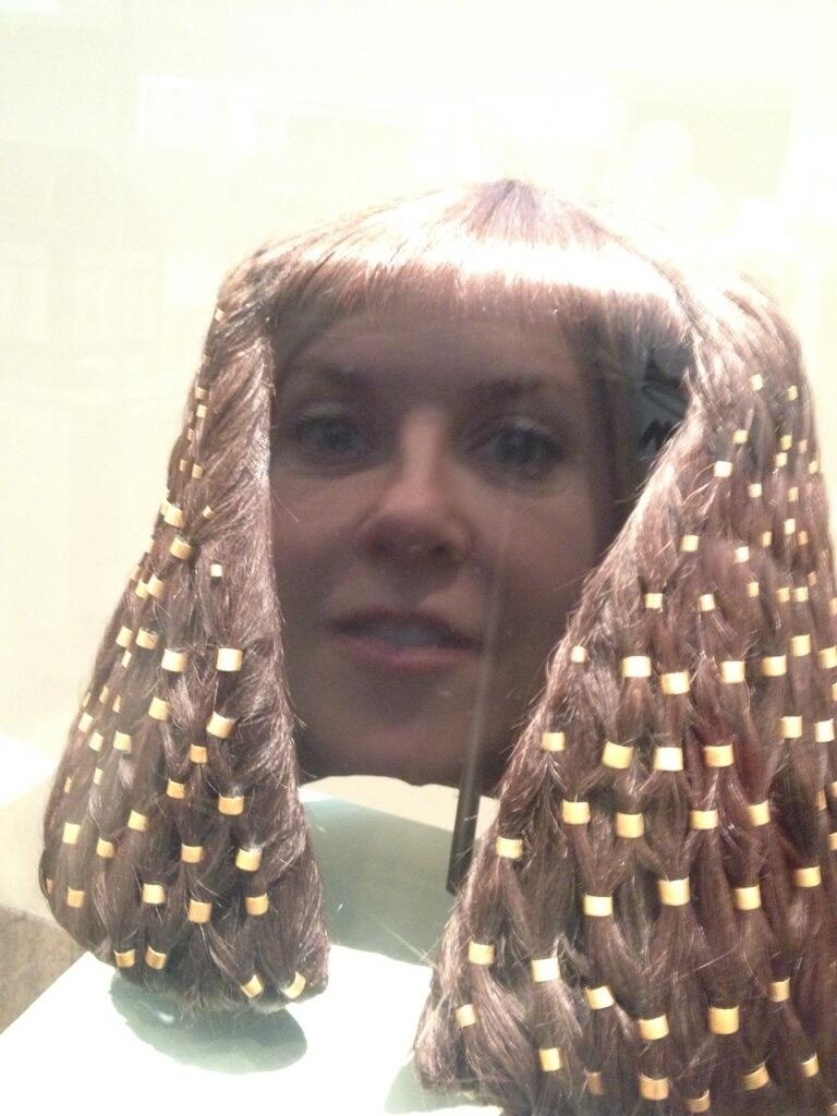 Goofing around at The Met.. Nephairtiti http://t.co/SpWqutk60A